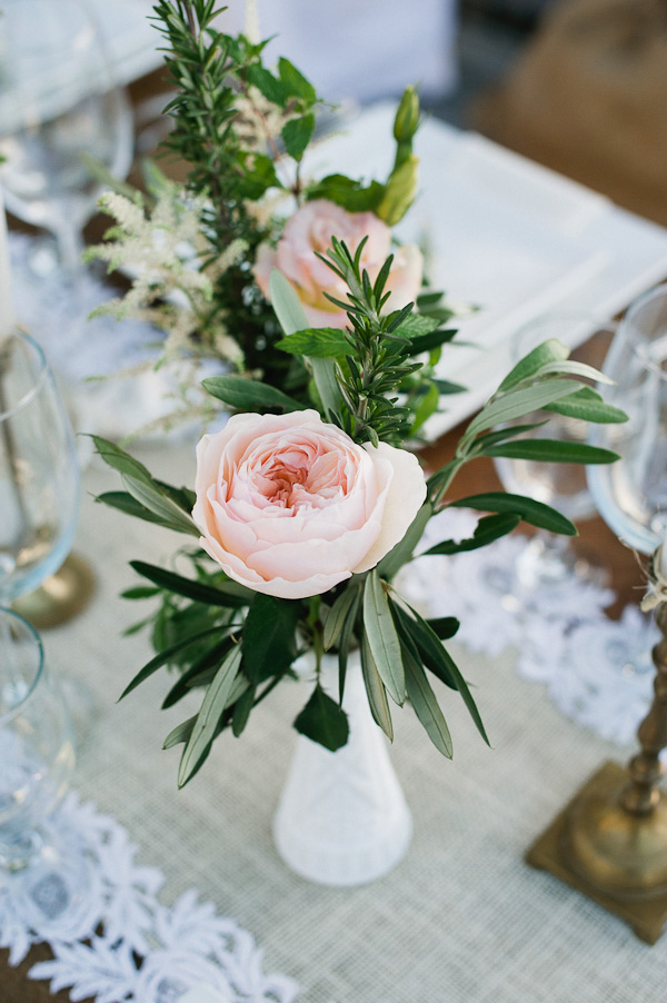 romantic floral and olive branch wedding centerpieces ideas