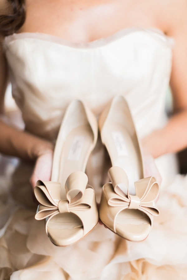 cream-beige-wedding-shoes-for-brides