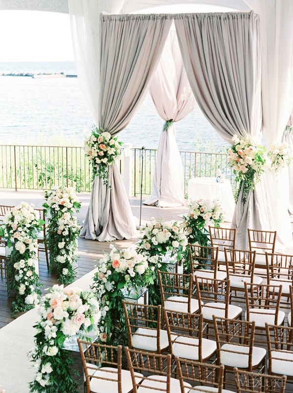 light-grey-and-green-wedding-ceremony-decoration-ideas