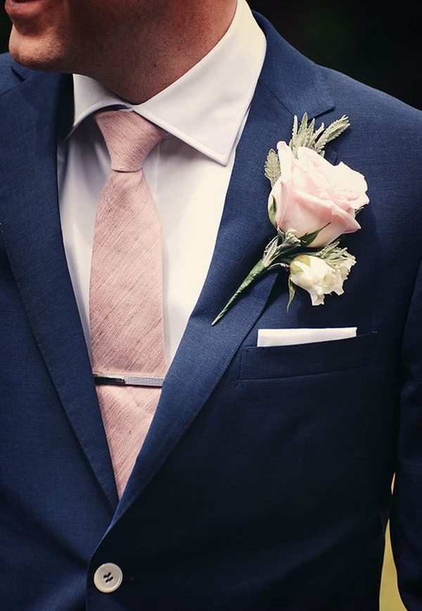 navy-groom-suit-with-blush-tie-and-boutonniere