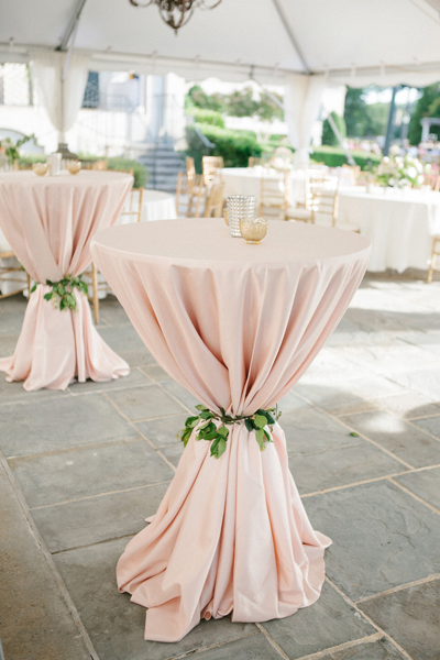 blush-pink-wedding-table-cloth-decoration