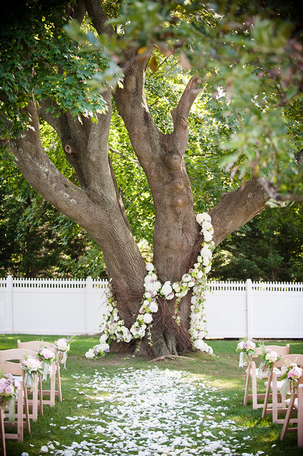 30 best floral wedding arches and altars ideas