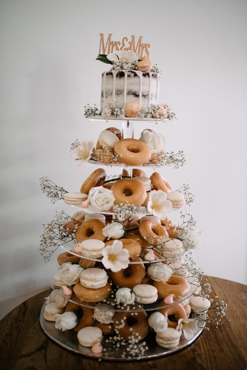 doughnut stack wedding cake ideas